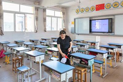 Apertura delle scuole e andamento dei casi confermati di SARS-CoV-2